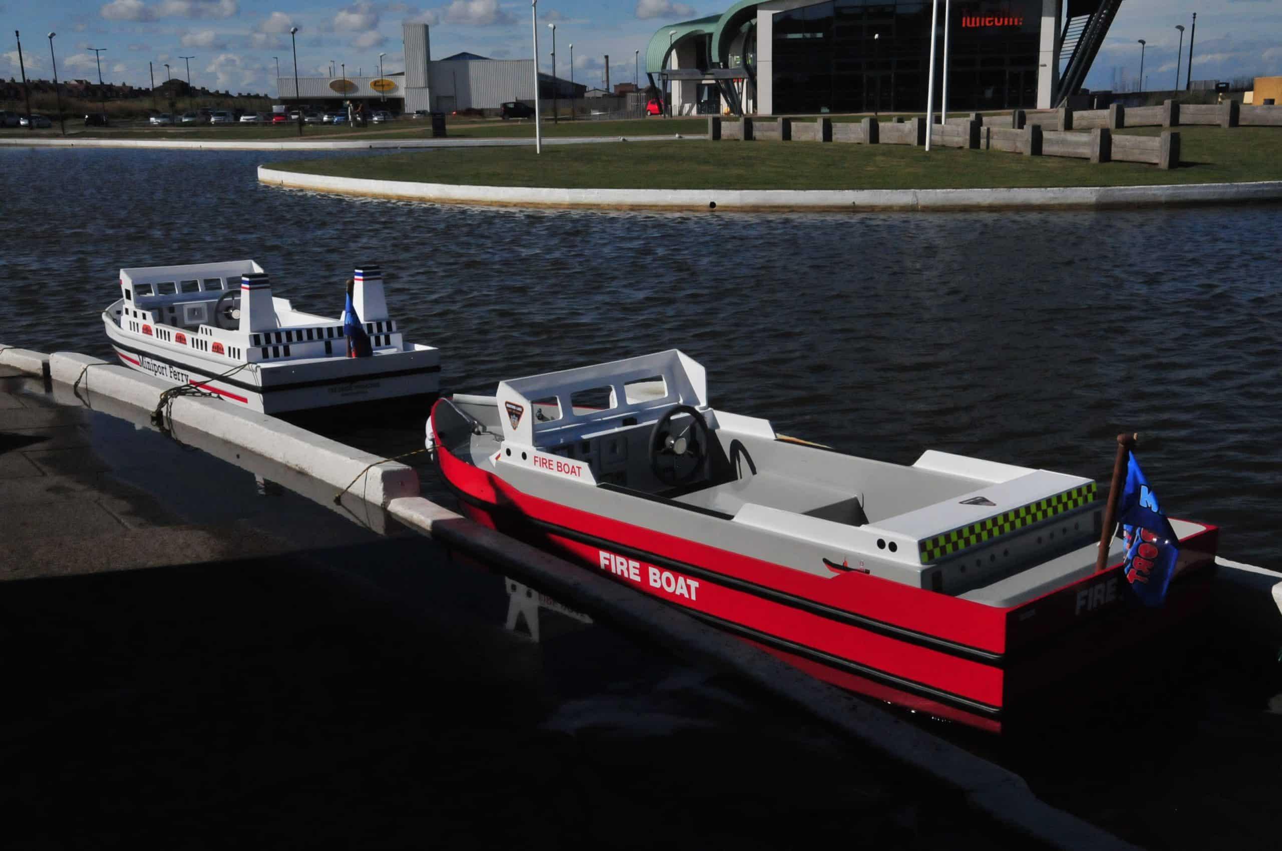 Fire Boat 044