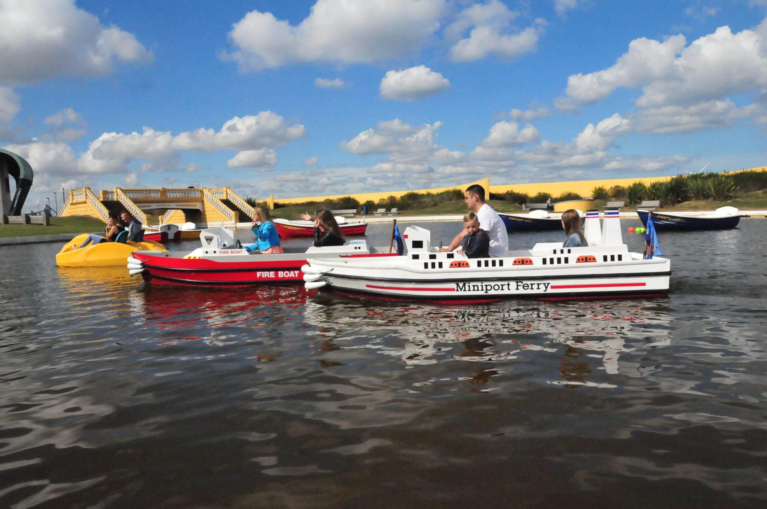 Fire Boat 054